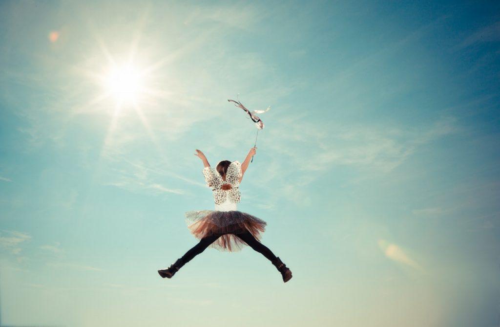 Meisje in de lucht
